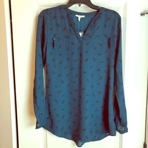 Maurices Teal Green Feather Print Blouse